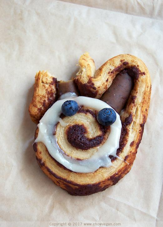 Cinnamon Roll Bunny | Chow Vegan