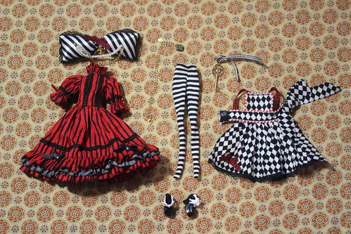 Optical Alice stock outfit