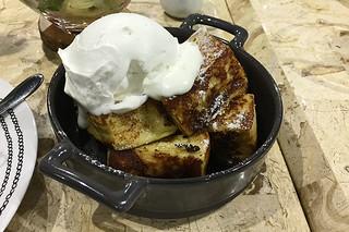 Le Petit Souffle - French Toast