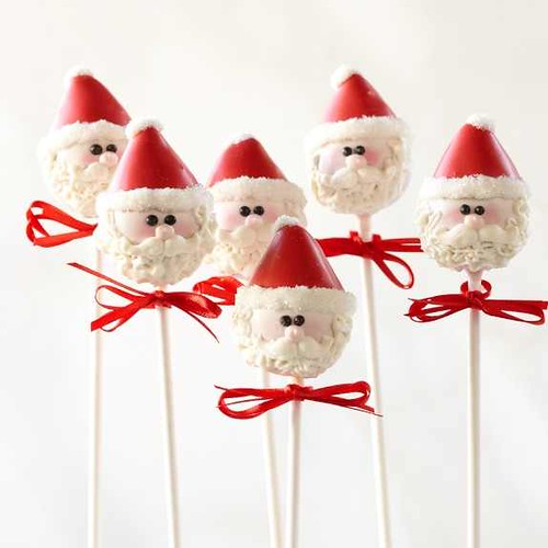 Santa cake pops | by Sweet Lauren Cakes