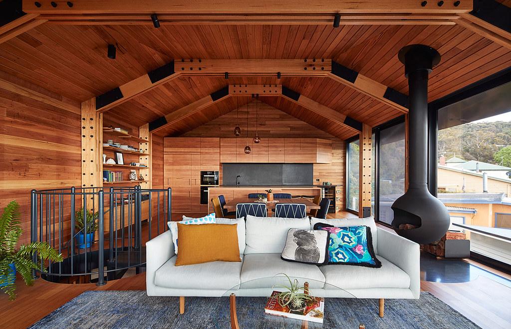 House on stilts design by Austin Maynard Architects in Australia Sundeno_06