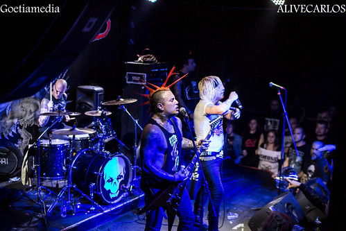 The Exploited-The Casualties-Code Red-Clowns en Badalona Sala Estraperlo 13/04/2017