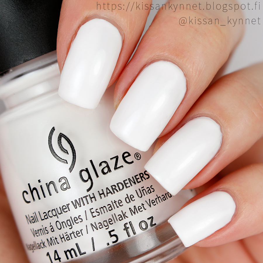 china_glaze_friends_forever_right_swatch