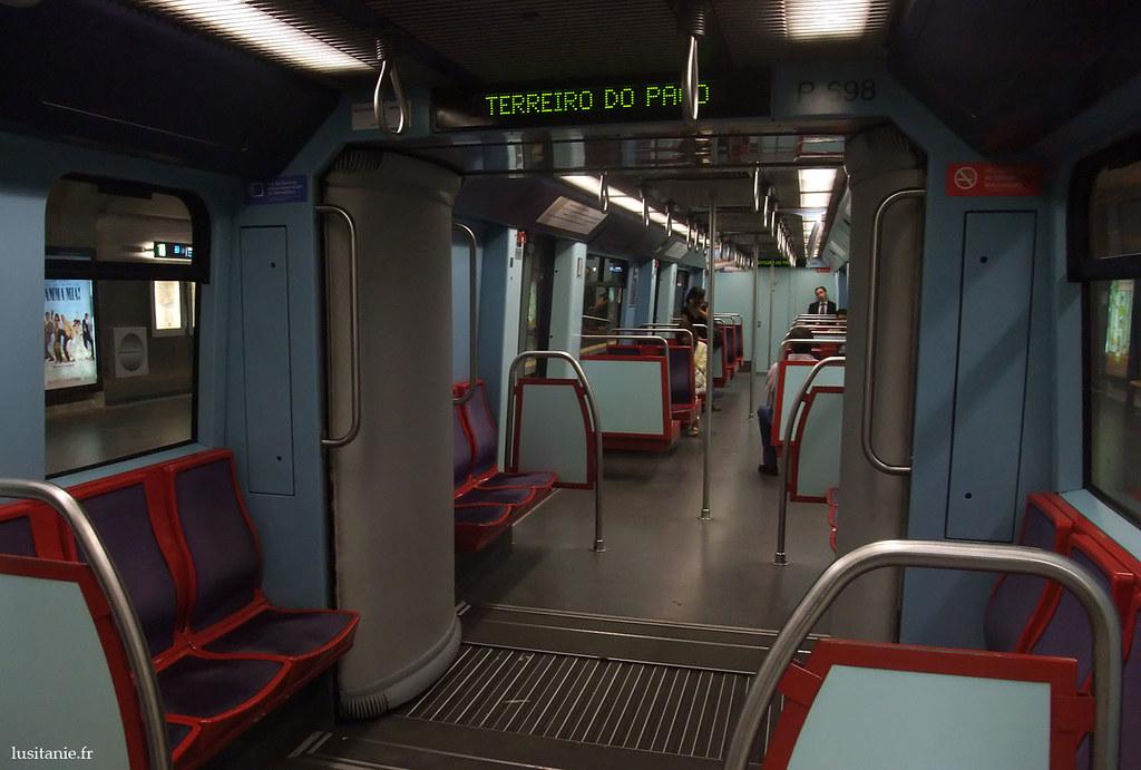 Dans une rame de métro