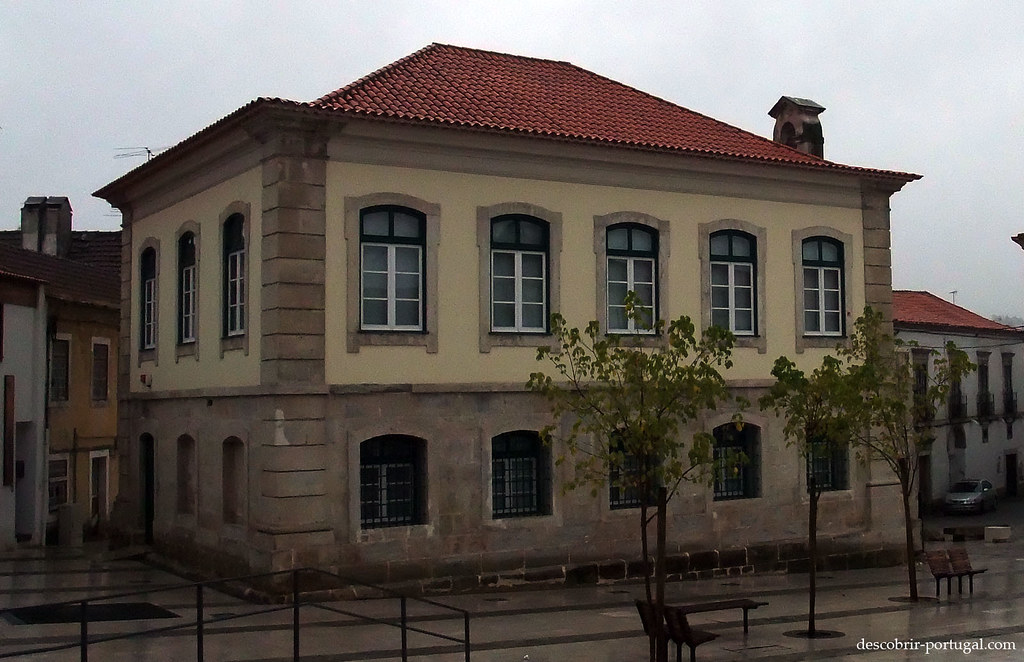Le musée se trouve sur la place du Marquis de Pombal, dans l'ancienne Prison