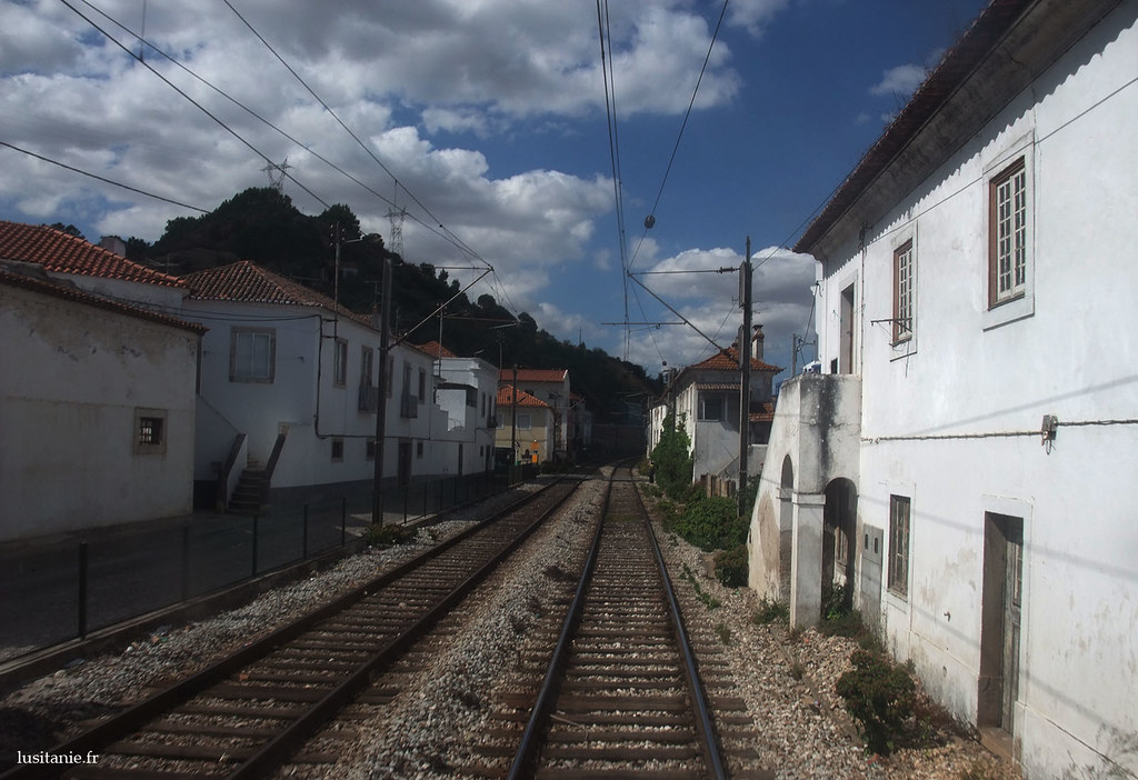 Nous sommes sur la plus importante voie ferrée du Portugal…