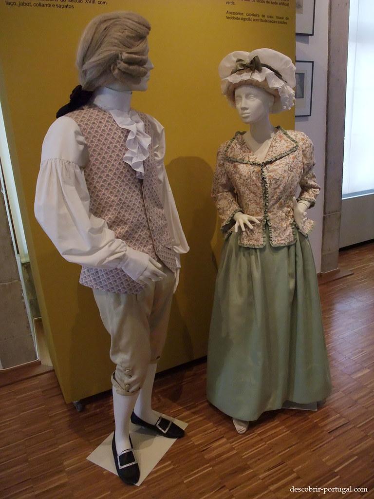 Le musée présente des costumes portés par les portugais de l'époque du Marquis
