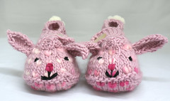 BUNNY HOP seamless thrummed bunny slippers | by QueenieVonSugarpants
