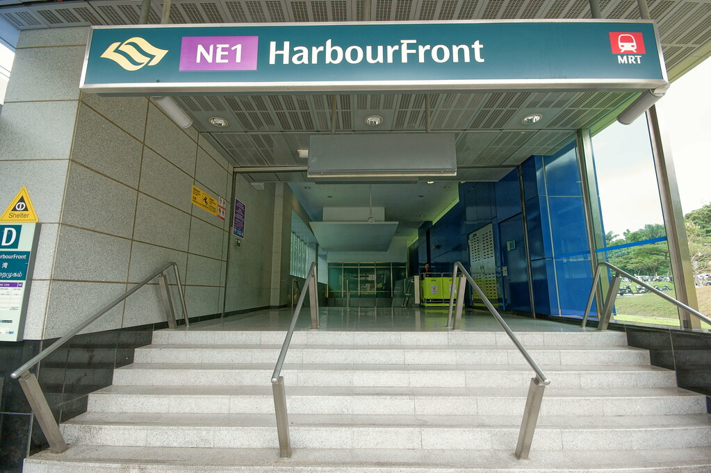 HarbourFront MRT Station | Exit D. | Jerry Wong | Flickr