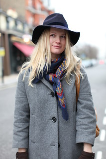 Notting Hill cowgirl (2) | by oalfaiatelisboeta