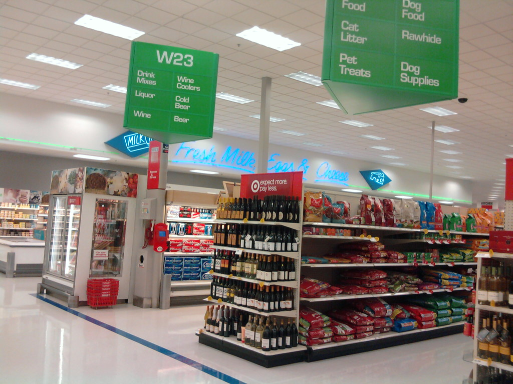Super Target - Davenport, Iowa - Grocery | Notice how the ... Super Target Bakery