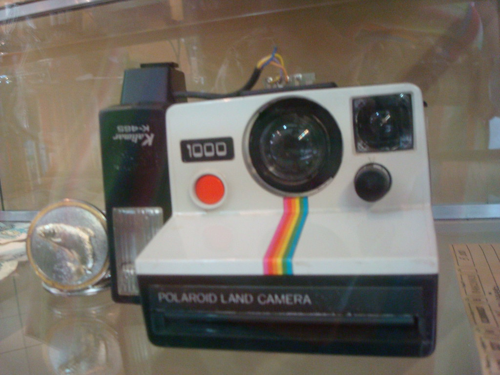 pretty cool clearance prices new specials 118 - Maquina Polaroid Kodak - | Edivany Reis da Silva | Flickr