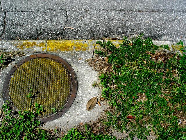 Asphalt Yellow Paint Parking Lot Spray