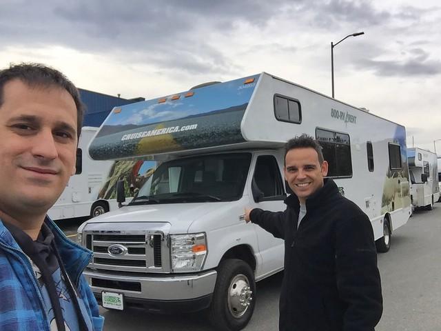 Recogiendo nuestra autocaravana para recorrer Alaska