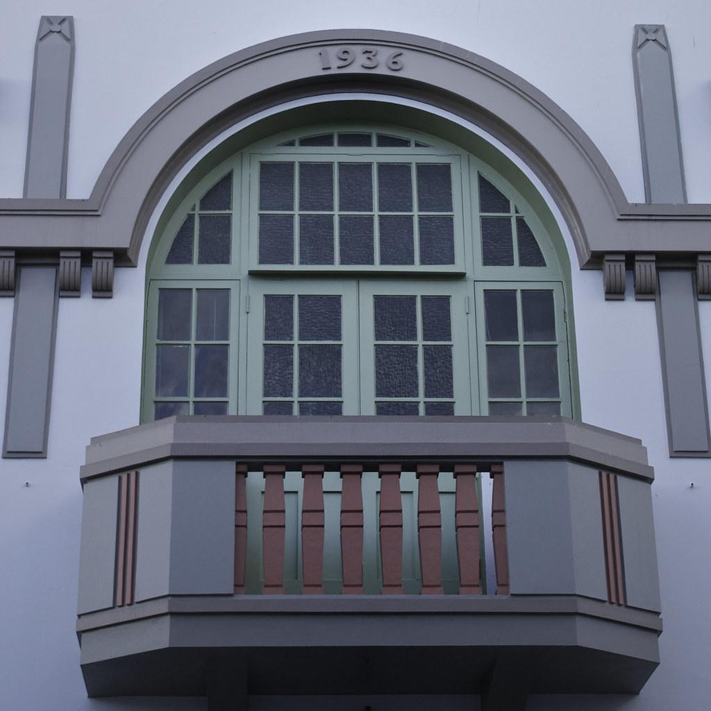Balcony 1936 Art Deco Balcony In Napier New Zealand