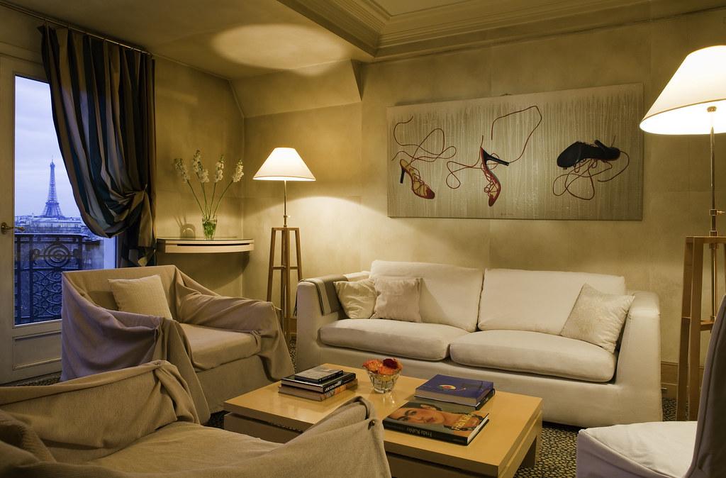 charming and art deco parisian suite at hotel lutetia pari. Black Bedroom Furniture Sets. Home Design Ideas