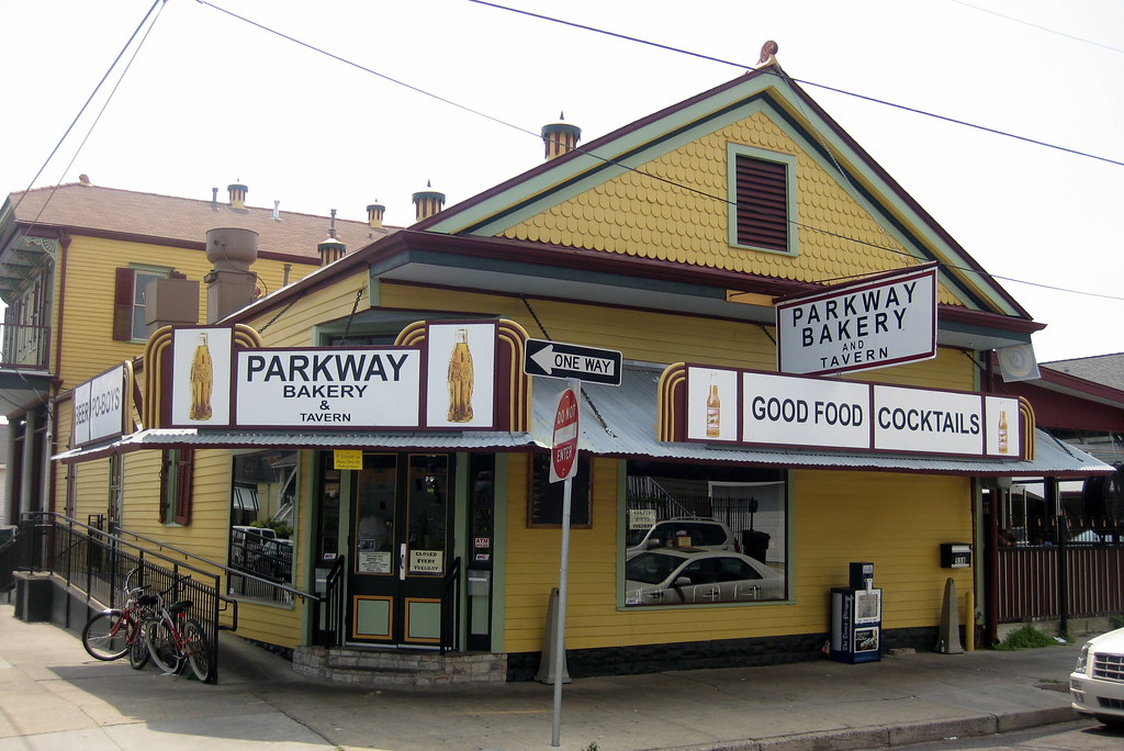 New orleans bayou st john parkway bakery and tavern for Parkway new orleans
