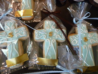 Communion decorated cookies. | by merlina cakes