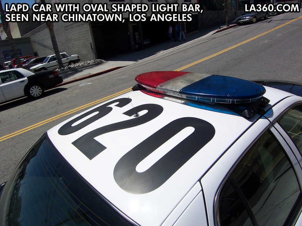LAPD cruiser rooftop | LAPD car with oval light bar, seen ne… | Flickr