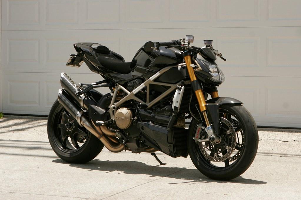 Yamaha fz6r custom