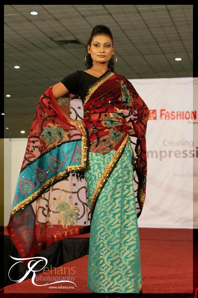 Saree Fashion Show At The Saree Festival 2010 Saree Fashio Flickr