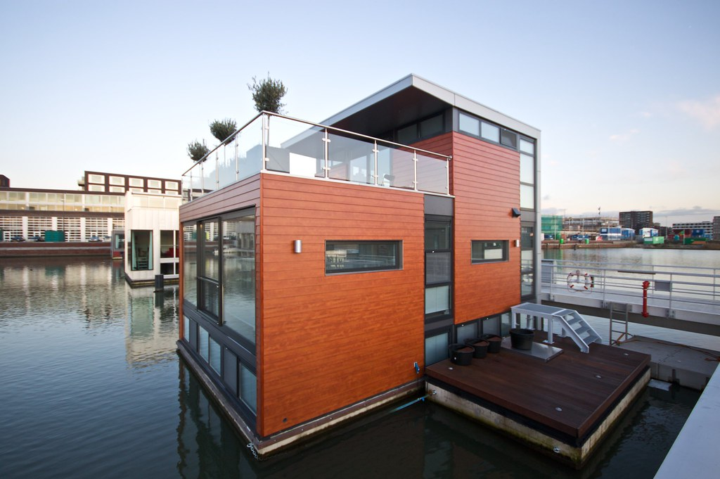 yet another floating house more photos and stories on my s flickr. Black Bedroom Furniture Sets. Home Design Ideas