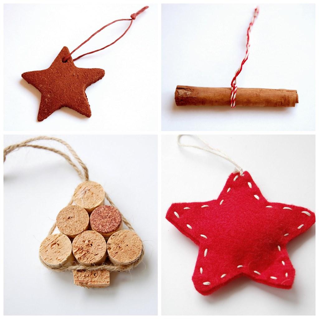 Diy christmas tree ornaments blogged between the - Adornos arbol navidad fieltro ...