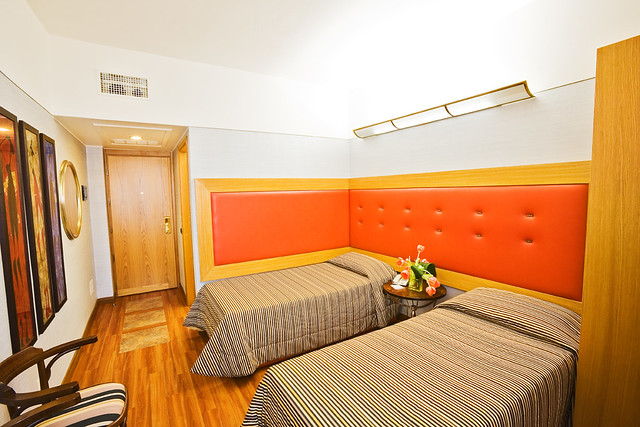 Hotel Room Twin Vs Double