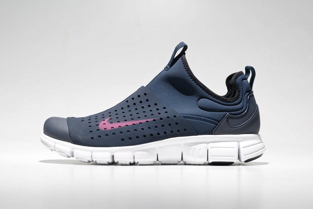 Nike Free Run  Athletic Girls Shoe