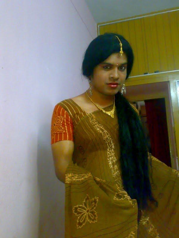 hot indian aunty mona bhabhi - XVIDEOS.COM