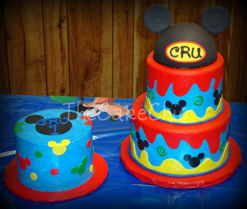 """Mickey Mouse Smash Cakes Buttercream: """"Mickey Mouse"""" Cakes. Top Tier Is"""