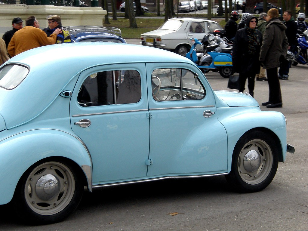 renault 4cv bleu ciel amiens la hotoie 14 mars 2010 flickr. Black Bedroom Furniture Sets. Home Design Ideas