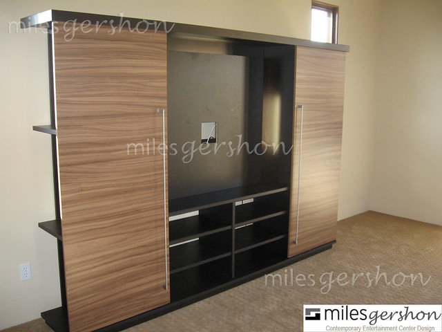 Morgen Sliding Door Wall Unit Sienna Wall Unit With Pa Flickr