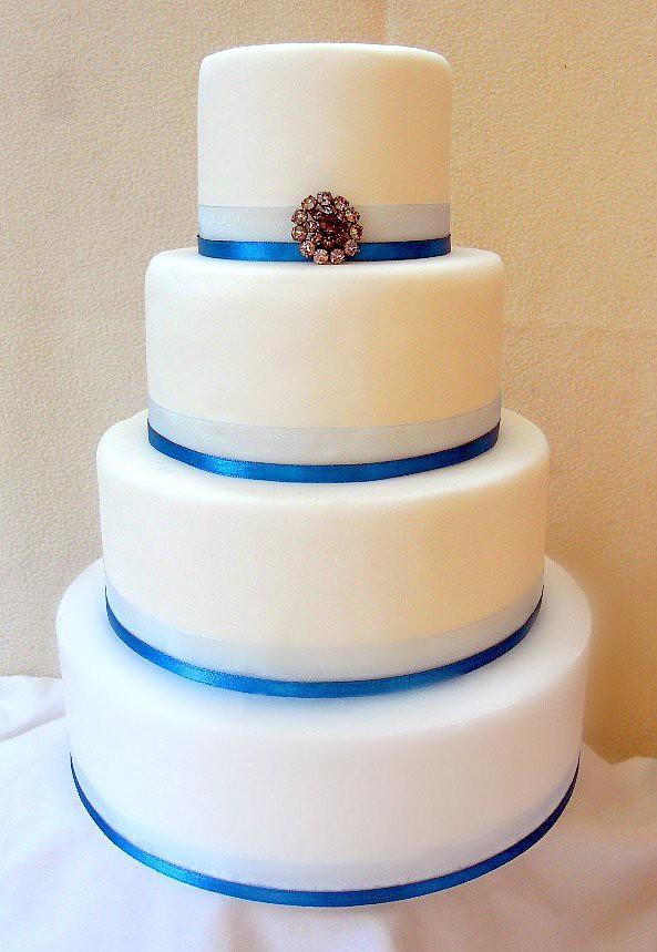 4 tier Wedding Cake Plain white fondant covered Wedding Ca Flickr