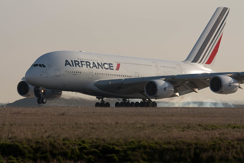 A380 air france a380 air france af7 landed cdg sud z4 for A380 air france interieur