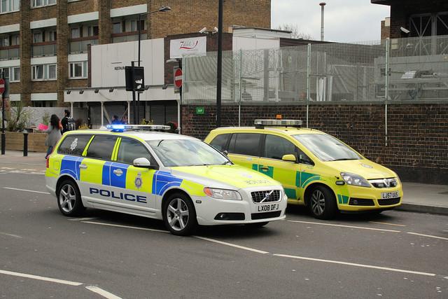 British transport police and london ambulance service vehi - British transport police press office ...