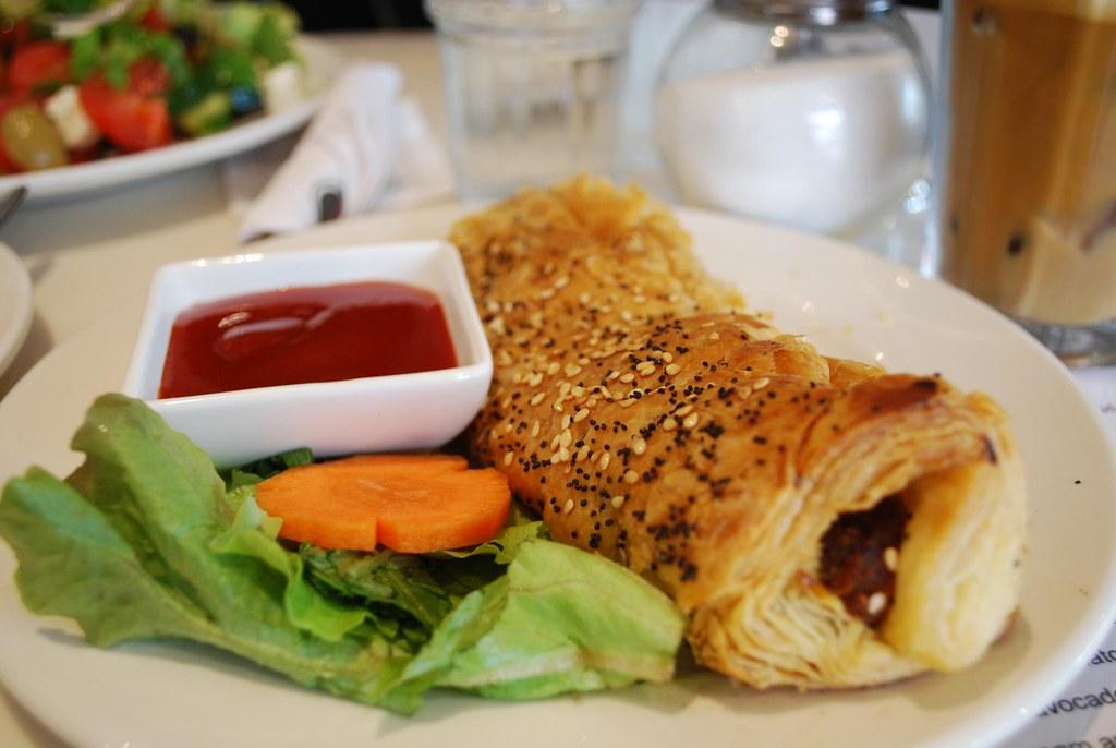 Sausage Roll - Nikos Cakes AUD6