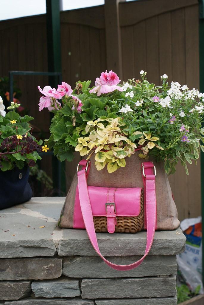 Custom containers homestead gardens flickr - Decoracion de maceteros ...