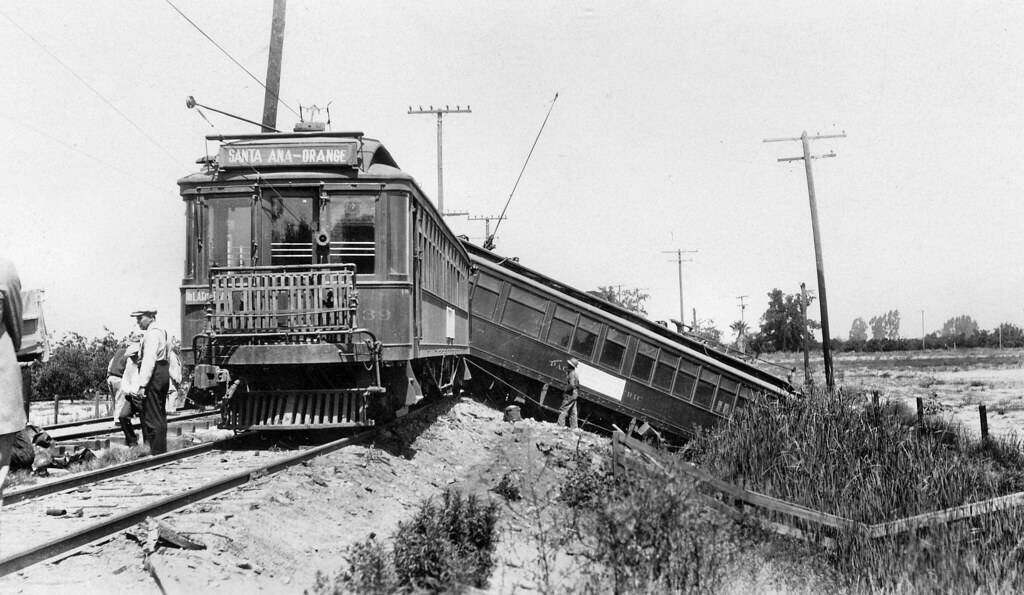 Pacific Electric collision wreckage, July 1927 | A Pacific ... Pacific Railway Company