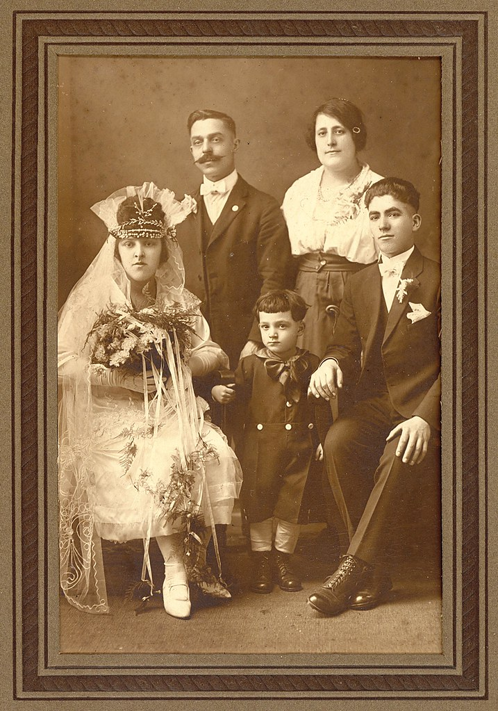 1920s Gypsy (?) Bride and Family Members | When I ...