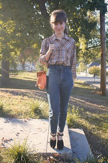 out thrifting. flannel plaid and high waisted denim | by laurenwinterdotco