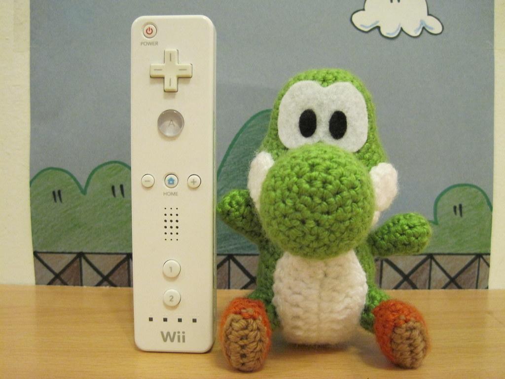 Amigurumi Teddy Bear Crochet Pattern : Yoshi! Original Pattern : ) I finally made a Yoshi! He ...