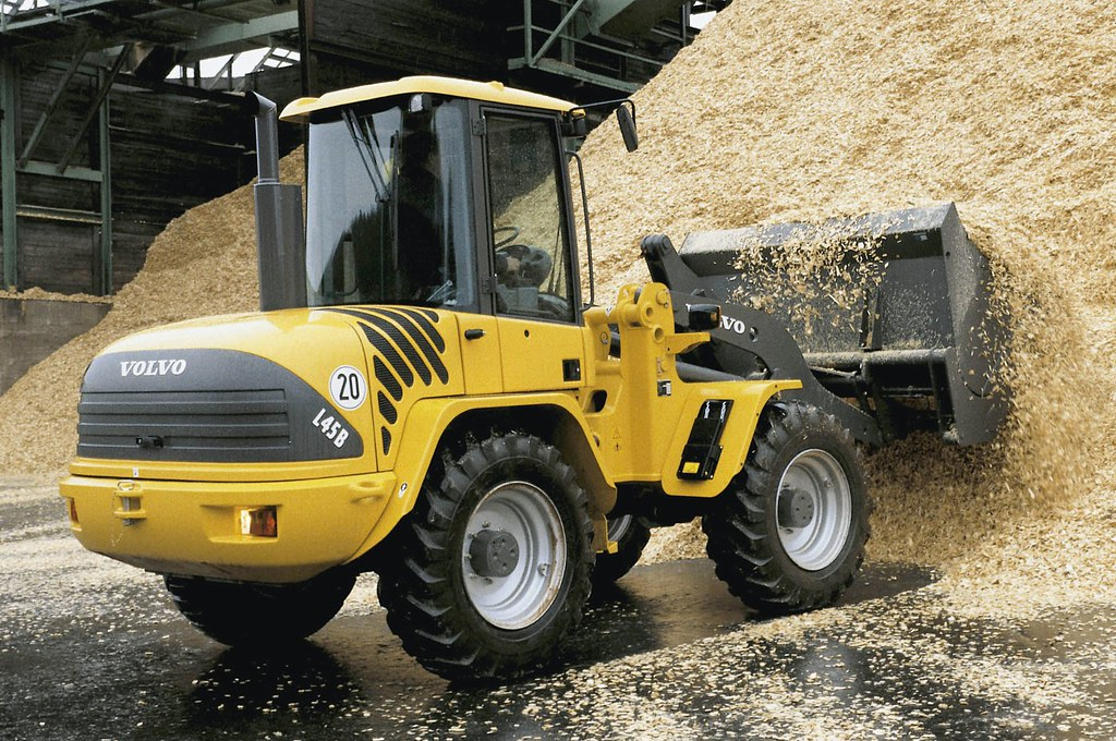 Volvo L45B Compact Wheel Loader | From general load and carr… | Flickr