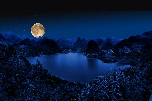 Full moon near Yangshuo, China | by Gaston Batistini