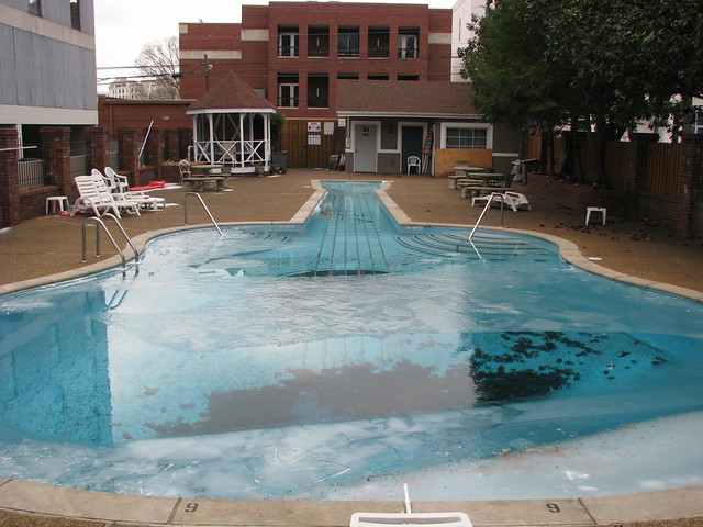 Guitar Shaped Swimming Pool In Nashville Tennessee Flickr Photo Sharing
