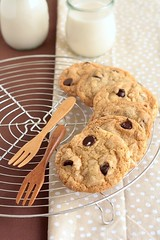 Vegan Chocolate Chip Cookies | by Xiaolu // 6 Bittersweets