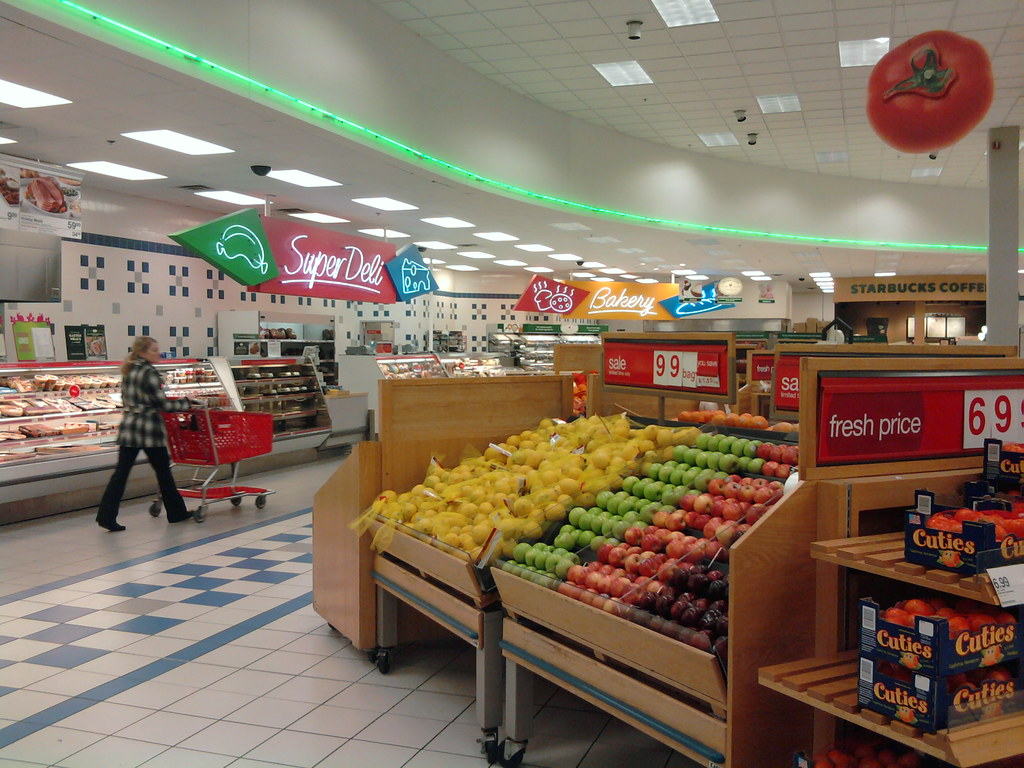 Super Target - Davenport, Iowa - Deli and Produce | Nathan ... Super Target Bakery