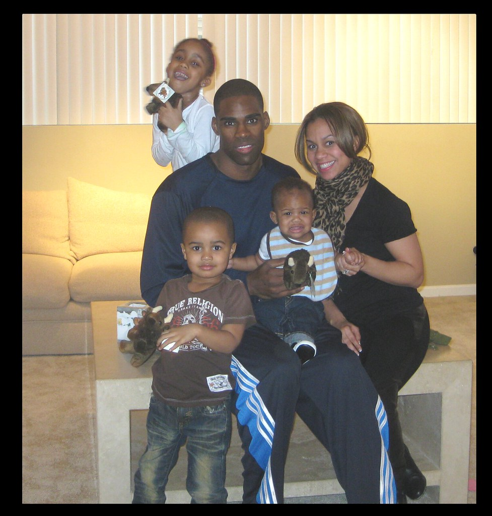 Cleveland Cavaliers forward Antawn Jamison and family