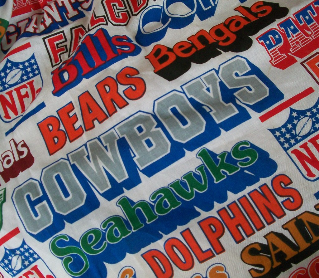 Amazing Vintage Cafe Curtains With Retro NFL Logos | Perfect For A Ru2026 | Flickr