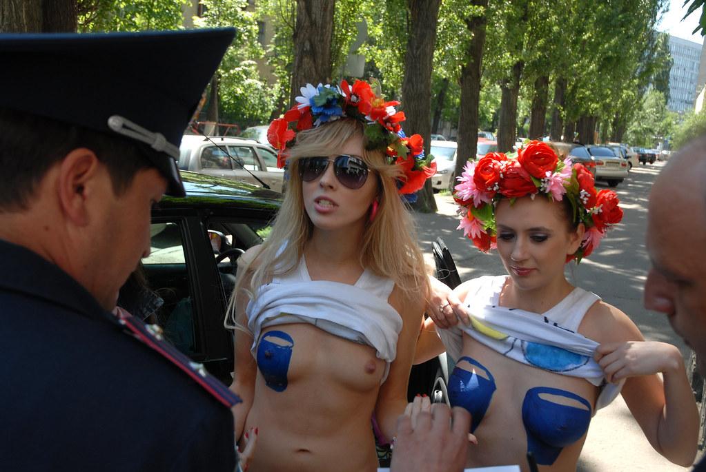 фото украинские сиськи